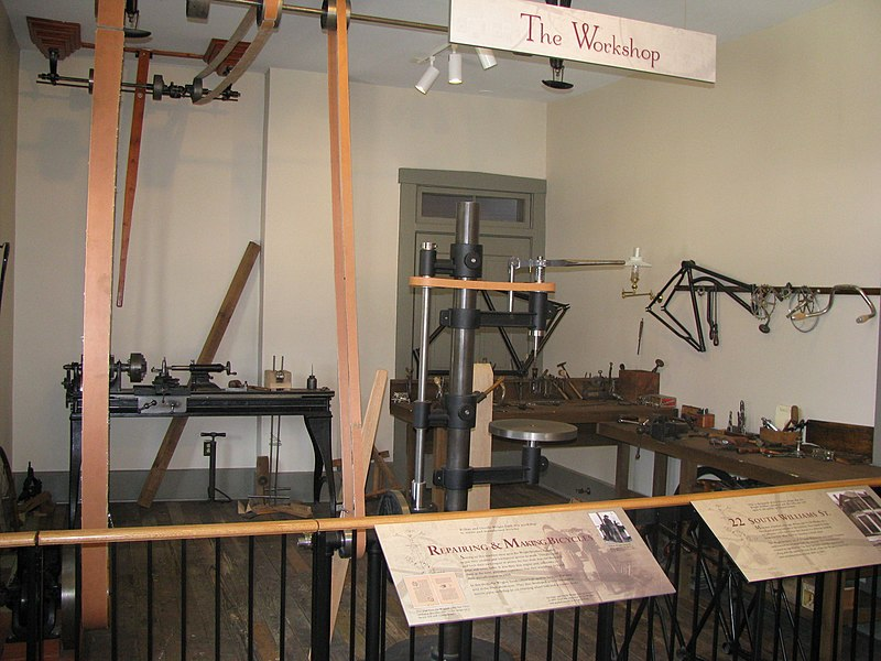 File:Wright Brothers Work Shop 2 Inside.jpg