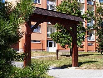 "Sídlisko KVP - Image: ""Folklórna brána"" panoramio"