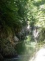 Каньон Чертовы ворота на реке Хоста частично входит в территорию уникальной тисо-самшитовой рощи.jpg