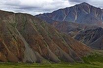 Красные горы массива Буордах.jpg