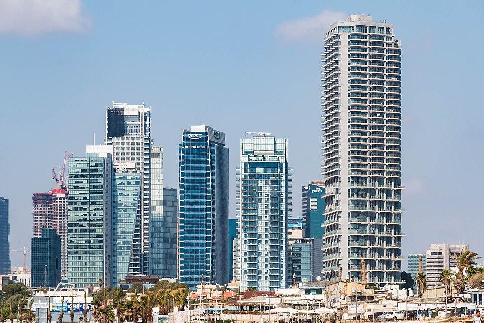 גורדי שחקים בתל אביב