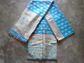 Assam silk - A set of Mekhela-Chadar made with Pat silk.