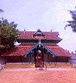 ഉദയമ്പേരൂർ പെരുംതൃക്കോവിൽക്ഷേത്രം-കിഴക്കേഗോപുരം.jpg