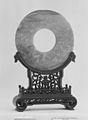新石器時代 玉璧-Ritual Object (Bi) MET 15180.jpg