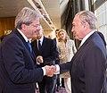 05-11-2015 Vice-presidente Michel Temer recebe Paolo Gentiloni, Ministro dos Negócios Estrangeiros e da Cooperação Internacional da Itália. (22616031640).jpg
