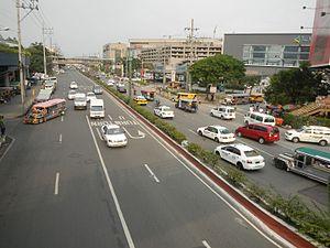 North Avenue, Quezon City - Image: 0596jf Quezon City West North Footbridge SM North EDSA Avenuefvf 08