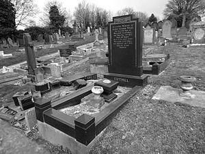 Joe Cottrill - Image: 1912 William Cottrill grave