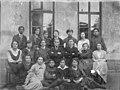 1919 קן צנסטחובה שורה אמצעית משמאל שרה פוטוק לנס 1919 - iבית אלפאi btm14001.jpeg