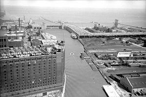 Outer Drive Bridge - The bridge in 1950