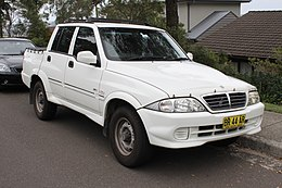 2005 SsangYong Musso Sports utility (24457000393).jpg
