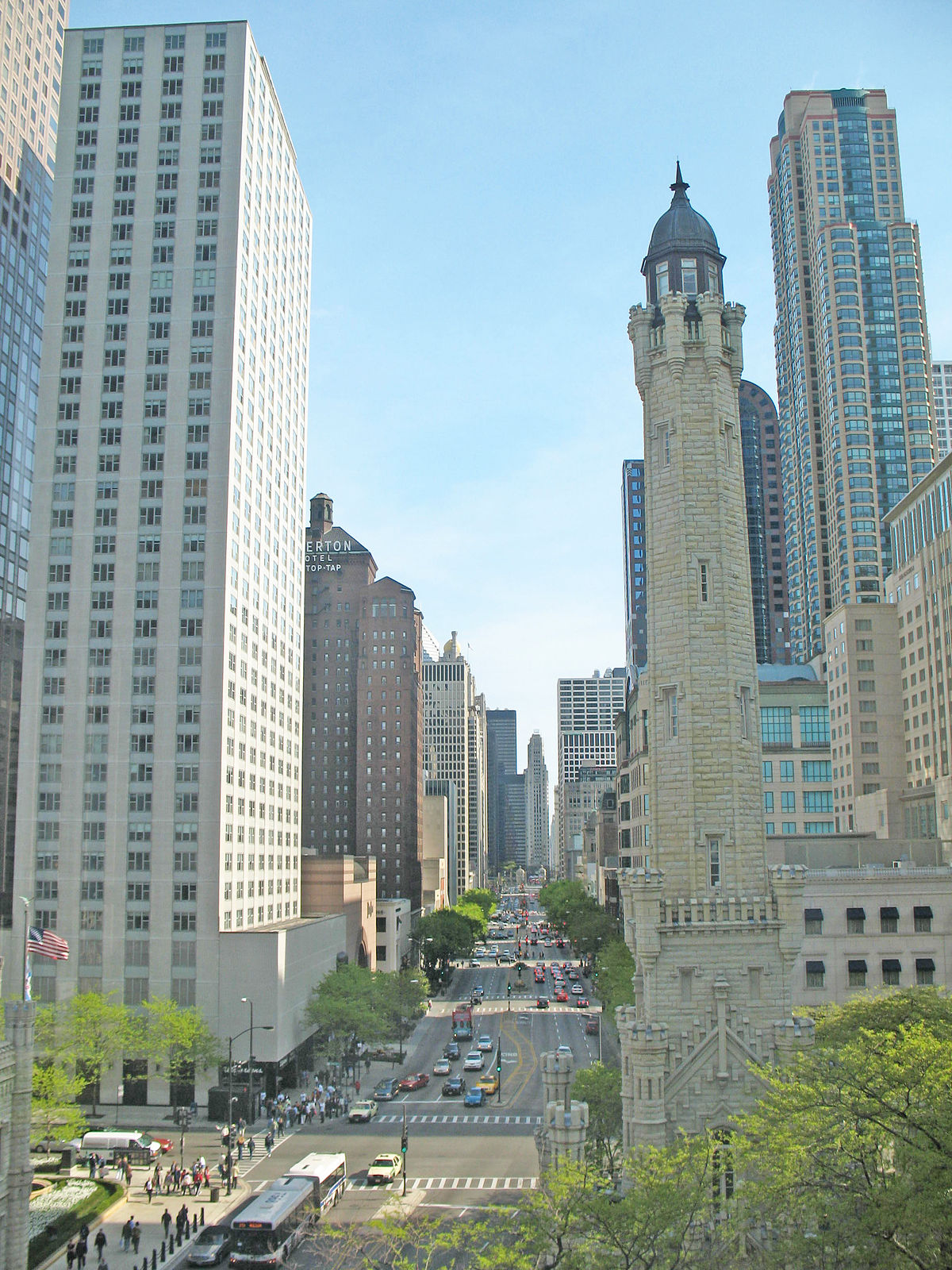 Magnificent Mile Wikipedia - Chicago map miracle mile