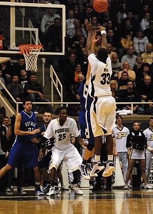 E'Twaun Moore - Moore shoots against Buffalo. (2009-12-05)