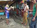 2016-09-28 Cockfighting in Buaya, Lapu-Lapu City, Cebu, Philippines ブアヤ村の闘鶏をする男たち DSCF6702.jpg