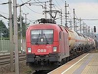 2017-09-21 (234) ÖBB 1116 190 at Bahnhof Ybbs an der Donau.jpg