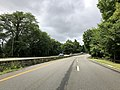 2018-07-22 11 27 50 View south along New Jersey State Route 445S (Palisades Interstate Parkway Spur) between New Jersey State Route 445 (Palisades Interstate Parkway) and U.S. Route 9W (Fletcher Avenue) in Fort Lee, Bergen County, New Jersey.jpg