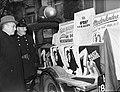 Actie tegen zwarte handel. Truck met affiches, Bestanddeelnr 901-1236.jpg