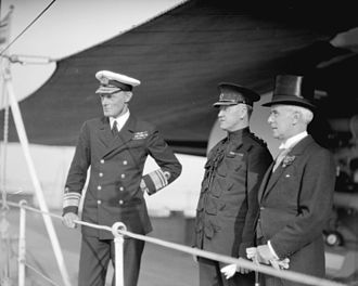 Vernon Haggard - Vice-Admiral Haggard (left) at Vancouver in 1930 with Mayor Malkin (right)
