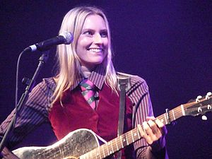 Aimee Mann - Mann in concert in October 2008