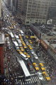 Alain Robert ascend of New York Times Building - 12 - 8th Avenue, gridlocked from 40th to 34th.png