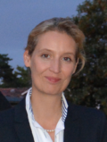 Alice Weidel 80-16 (cropped).png
