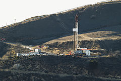 Aliso Canyon gas leak site, Dec. 14, 2015 (23389378449).jpg