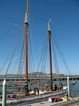 San Francisco Maritime National Historical Park - Image: Alma (scow schooner, San Francisco) 2