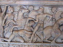 220px-Amazonomachia_Louvre_Ma2119_2.jpg