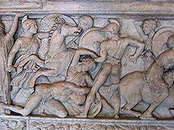 Αμαζονομαχία μεταξύ Ελλήνων και Αμαζόνων από ανάγλυφο σαρκοφάγου, περ. 180 π.Χ., Λούβρο