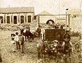 Archivo General de la Nación Argentina 1890 aprox Tucumán, Trabajadores en un ingenio azucarero.jpg