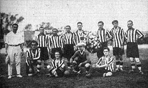 Asturias F.C. - Asturias F.C. team that played Chilean club Colo Colo in 1927.