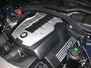 BMW N62 - Image: BMW N62B48B Engine