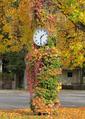 Baden-Baden Ebertplatz Uhr.png
