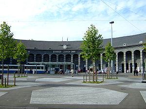 Enge (Zürich) - Enge railway station and Tessinerplatz