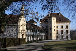 Barberêche Castle Mar 2011.jpg