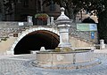 Barjols Fontaine et lavoir de la Burlière.jpg