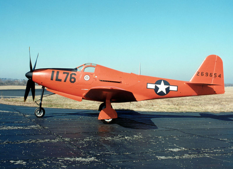 https://upload.wikimedia.org/wikipedia/commons/thumb/b/bb/Bell_P-63E_Kingcobra_USAF.jpg/800px-Bell_P-63E_Kingcobra_USAF.jpg