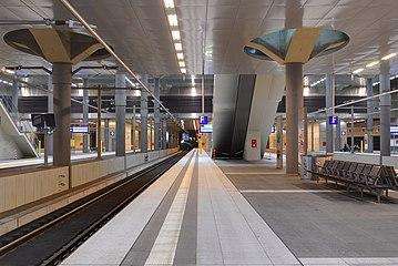 Berlin Hauptbahnhof 02.jpg