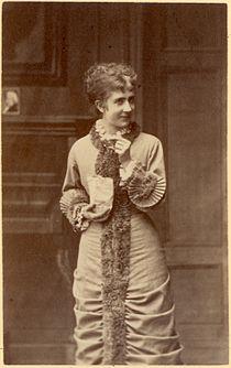 Betty Hennings Nora 1.jpg
