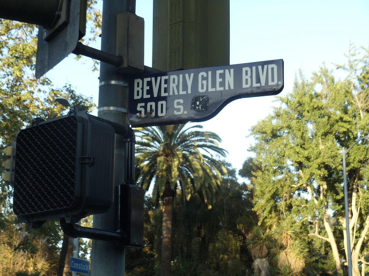 Beverly glen canyon
