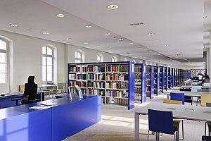 Salle de lecture de la bibliothèque Sainte-Barbe