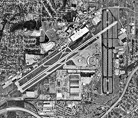 Birmingham International Airport - AL - 6mar1997.jpg