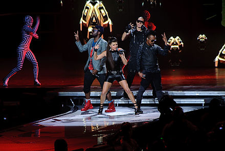 The Black Eyed Peas performing on October 7, 2009 Black Eyed Peas Performing at END.jpg