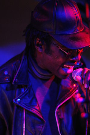 Dev Hynes - Hynes performing as Blood Orange in 2011