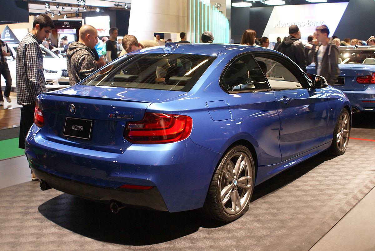 BMW F22 –