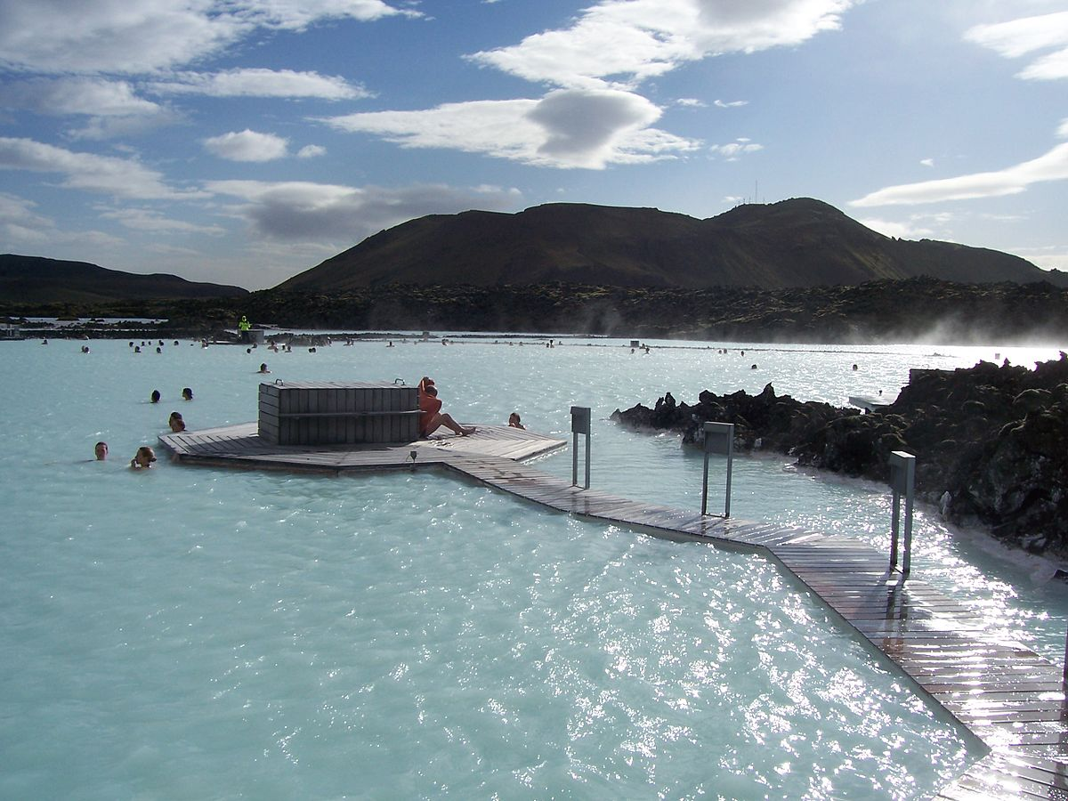 Blue lagoon travel guide at wikivoyage for Where is the blue lagoon in iceland