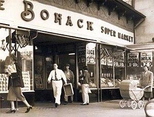 Bohack - Bohack supermarket in Kew Gardens, Queeens.