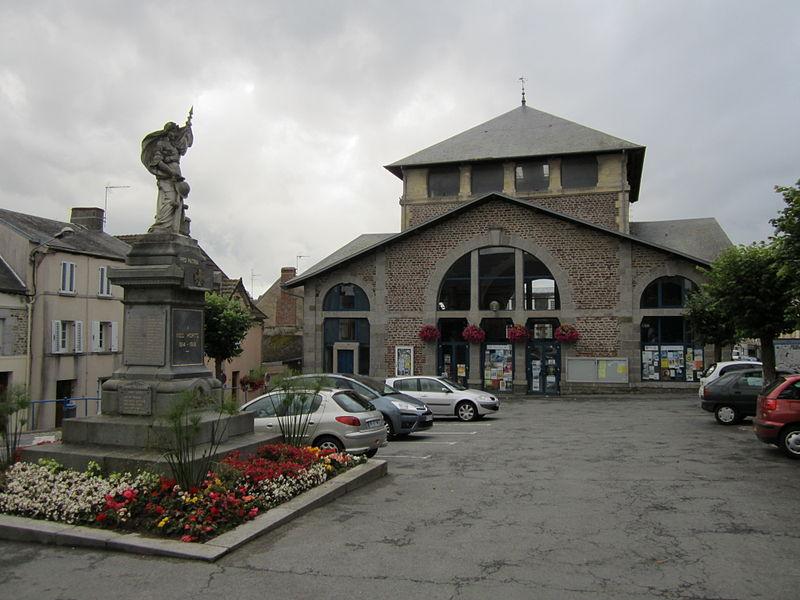 Ancienne halle de fr:Bréhal