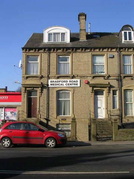File:Bradford Road Medical Centre - Bradford Road - geograph.org.uk - 1717048.jpg