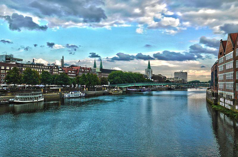 File:Bremen City 2015.jpeg