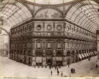 Galleria Vittorio Emanuele II - Galleria Vittorio Emanuele II from inside the arcade, c. 1880
